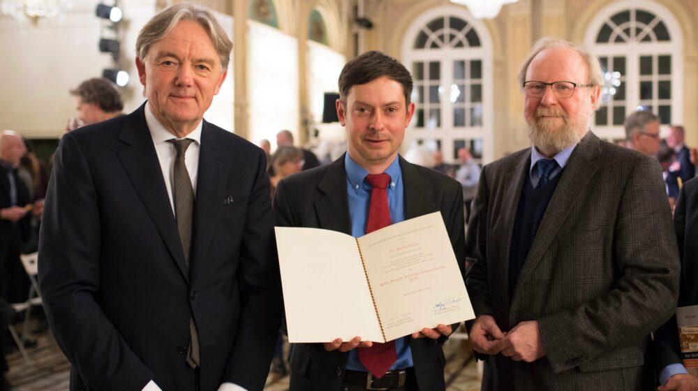 Norbert Frei, Michael Frey und Wolfgang Thierse beim der Preisverleihung